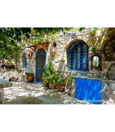 Дом из натурального камня с видом на море
